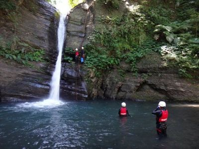 Shawa Canyoning Abseiling-by-dragon-waterfall